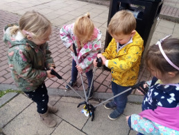 Litter Picking in Horsforth with our Nursery Children